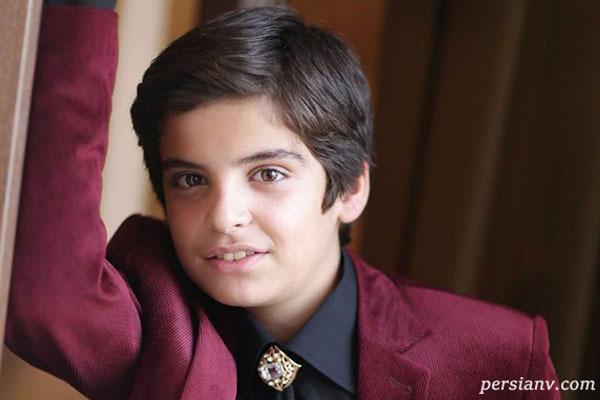 سلفی در ماشین با ماسک مانی رحمانی بازیگر بچه مهندس