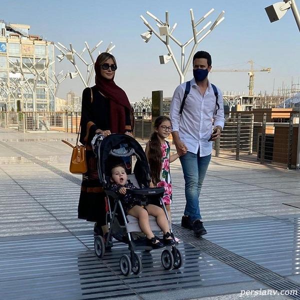 شاهرخ استخری و همسرش و فرزندانش