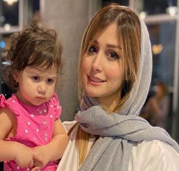 سپیده بزمی پور و دختر کوچکش
