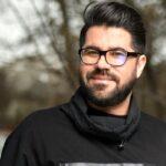 صحبتهای حامد همایون خواننده بعد از ابتلا به کرونا در خانه اش
