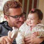 سلفی محسن کیایی بازیگر سریال هم گناه در پاییز زیبا