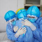 عکسی تکاندهنده از سه دوست پرستار که بر اثر کرونا جان باختند