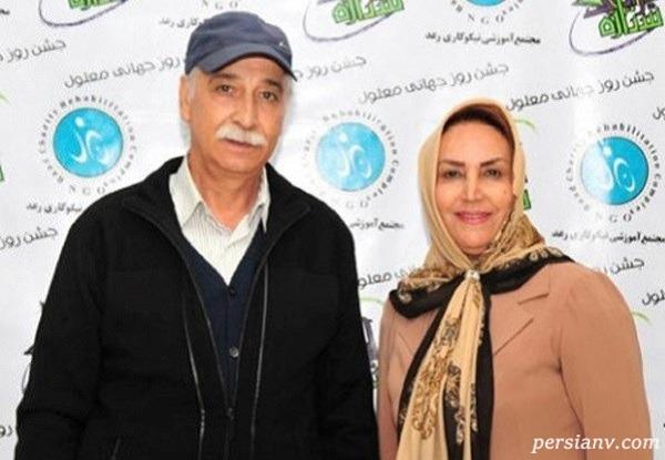 محمود پاک نیت و نوه اش هانا در کنار همسرش مهوش صبر کن