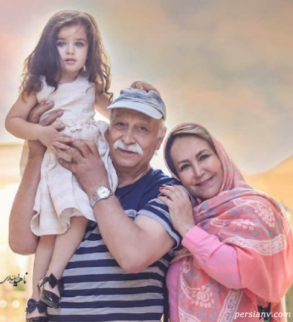 محمود پاک نیت و نوه اش