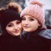 عکس جدید دوقلوهای پایتخت سارا و نیکا فرقانی در خارج از کشور