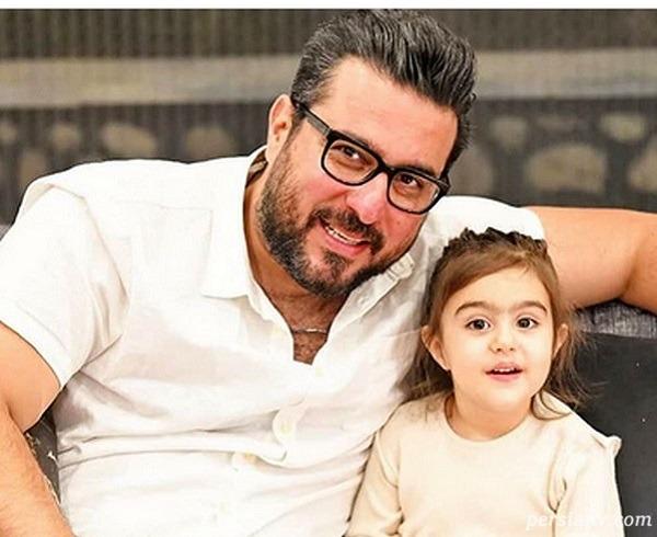 محسن کیایی و رز دخترش