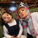 شب یلدا یکتا ناصر همراه منوچهری هادی و دخترشان سوفیا