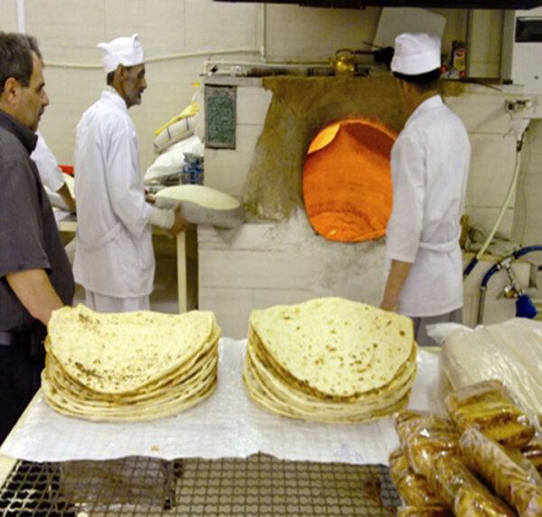 گران فروشی در نانوایی