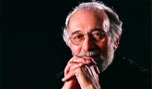 سنگ مزار پرویز پورحسینی در چهلمین روز درگذشتش