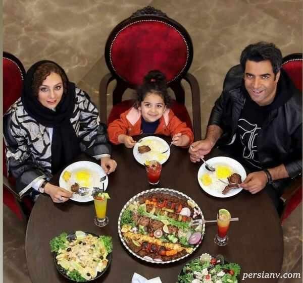 یکتا ناصر در رستوران لاکچری