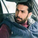 سلفی حسین مهری در پشت صحنه سریال نوروزی همبازی