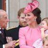 مراسم تدفین پرنس فیلیپ و حضور کیت میدلتون با گردنبند معنادار