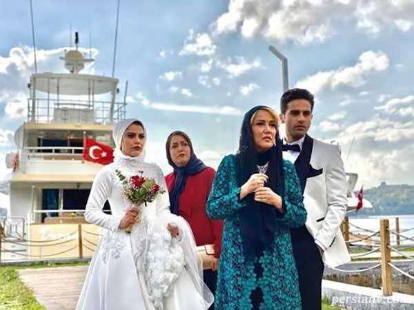 آرش خالصه دهقان , کپلک در کنار بازیگران سریال ملکه گدایان