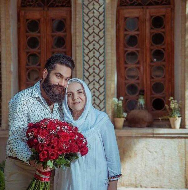 علی زند وکیلی و مادر