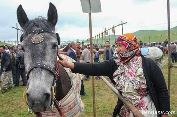 زنان در مسابقات اسب دوانی