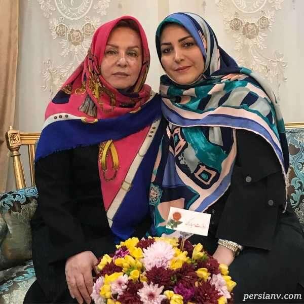 مجری معروف و مادرش