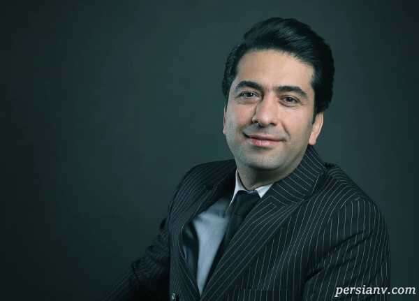 بوسه محمد معتمدی خواننده معروف بر واکسن ایرانی