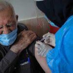 اعلام زمان واکسیناسیون افراد بالای ۶۵ سال در کشور