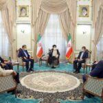 حاشیههای دیدار رقبای انتخاباتی ابراهیم رئیسی ، رئیس جمهور منتخب با وی