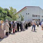 حرف های جالب و خنده دار مردم تهران در صف واکسن کرونا
