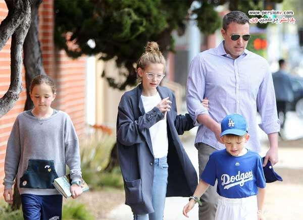 بن افلک و سه فرزندش