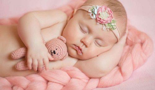 توصیه ائمه (ع) برای زیبا شدن فرزند