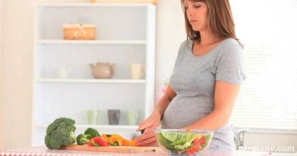 تاثیرات خوردن کاهو در بارداری را بخوانید