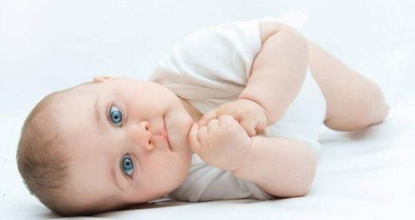 جنین درون شکم مادر از چه زمانی زیبا میشود؟