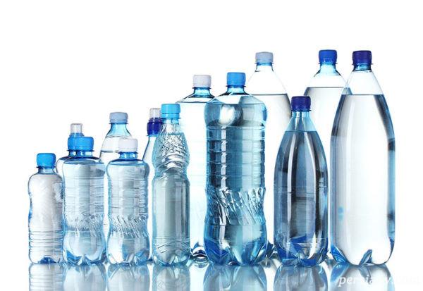 زنان باردار استفاده از بطری پلاستیکی ممنوع !
