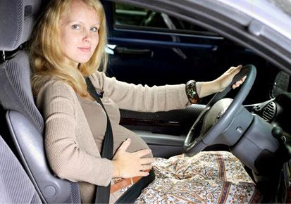 احتیاط های رانندگی در دوران بارداری