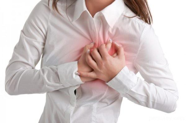 درد سینه قبل از قاعدگی