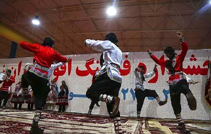 دردسر رقص بابا کرم برای ۷ دانشجو ی دانشگاه زاهدان +عکس