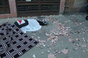 سقوط مرگبار زن جوان هنگام خانهتکانی