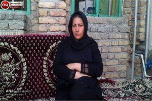 مادر آتنا اصلانی : میخواهم با اسید تمام صورت قاتل را بسوزانند