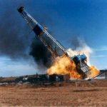 آتش سوزی دکل نفتی رگ سفید   ۴ کشته در آتش سوزی میدان نفتی
