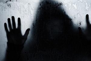 تبعید و شلاق به جرم اغفال دختر دانشجو!