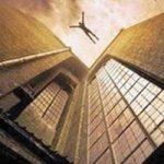سقوط مرموز خانم دکتر از طبقه نوزدهم در تهران!