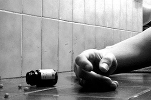 نجات از خودکشی یک دختر نوجوان توسط ماموران انتظامی!
