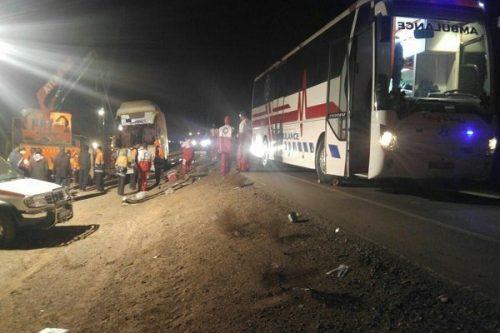 واژگونی اتوبوس مشهد-اصفهان
