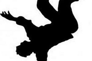 خودکشی مردی جوان در ادامه خودکشی های روی پل چمران اصفهان!!