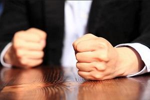 اعتراف مرد به همسرکشی:به من توهین می کرد خفه اش کردم!!
