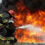 آتش سوزی ساختمان ۴ طبقه در خیابان مرتضوی