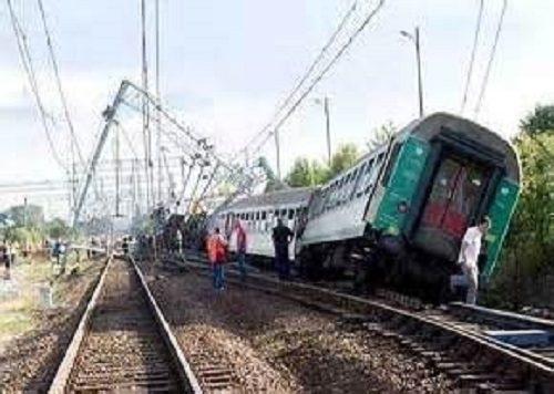 خروج قطار مسافربری تهران – زاهدان از ریل