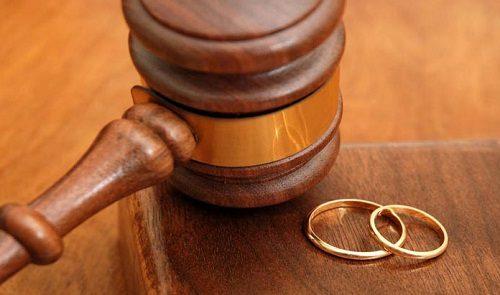 طلاق به خاطر انتخاب نام فرزند !