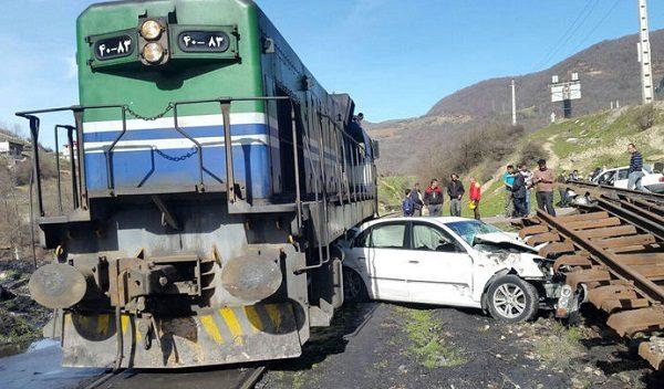 تصادف ماشین با قطار