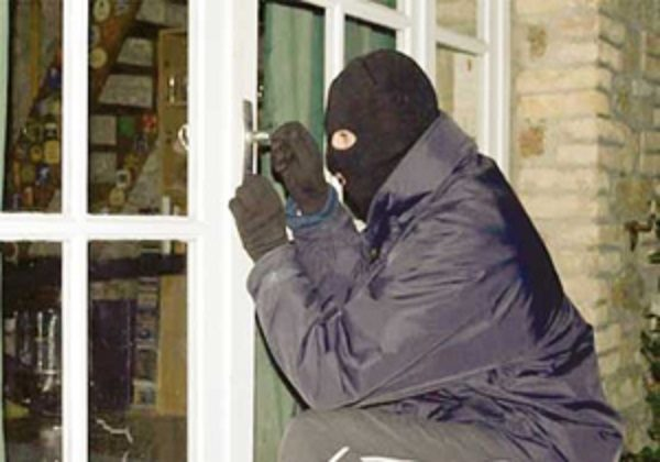 دزدی از خانه