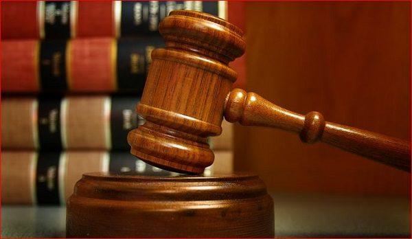 ضرب و شتم وکیل دادگستری