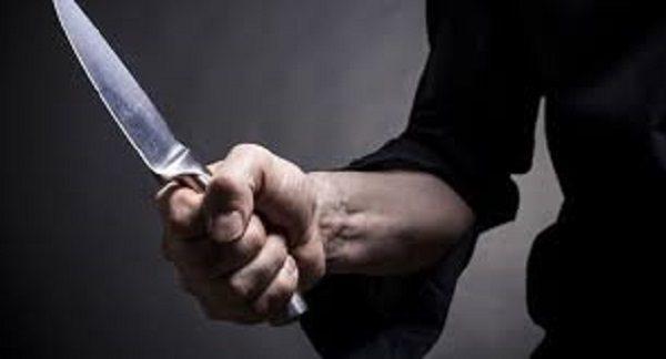 چاقو کشی برای پلیس توسط راننده ی بنز
