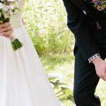 اتفاق بسیار وحشتناک برای عکاسان عروسی روی برکه
