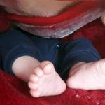 نوزاد رها شده در کنار مسجد شهرک غرب تهران